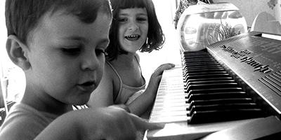 Domisil-garde-enfant-eveil-musical-rennes-dinan-saint-malo-plouasne-6